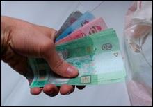 Опрос: 15% украинцев получают зарплату неофициально