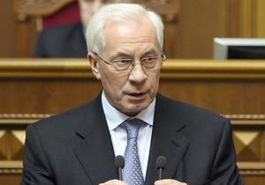 Азаров видит перспективы в сотрудничестве с Казахстаном