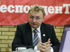 Судебные исполнители оштрафовали мэра Львова, чтобы заставить извиниться перед местной газетой