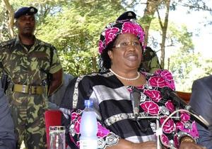 В связи с кончиной президента Малави страну впервые возглавила женщина