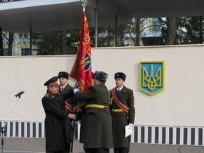 Новый украинский артиллерийский полк получил свой Боевой Флаг