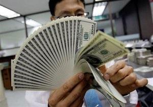 Доллар приближается к 15-летнему минимуму к иене