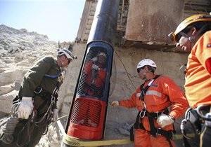В Чили спасатели определили, кто из заблокированных шахтеров последним будет поднят на поверхность