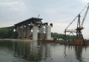 При возведении моста-долгостроя в Запорожье неэффективно потрачены более 100 млн грн - аудит
