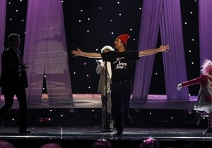 Организаторы: Действия фаната, выбежавшего на сцену Евровидения, не связаны с политикой