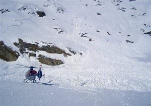 В Альпах лавина накрыла группу британских солдат
