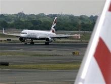 В США самолеты едва не столкнулись на взлетно-посадочной полосе