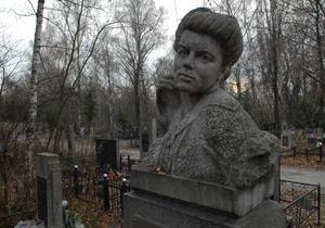 Мэрия Киева установила тарифы на ритуальные услуги