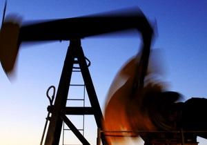 Цены на нефть в США незначительно выросли