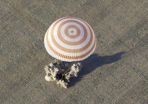 Экипаж МКС из двоих россиян и американца вернулся на Землю