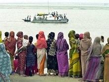 В Индийском океане нашли судно с 20 мертвыми эмигрантами
