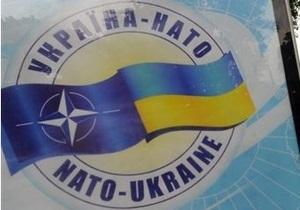 В Вашингтоне прокомментировали отказ Януковича от стремления в НАТО