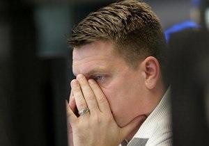 Рынки: Внешний фон остается достаточно негативным