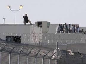 В тюрьме в штате Калифорния начался бунт