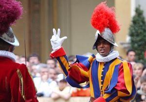 На конгрегацию кардиналов в Ватикане попытался пробраться фальшивый епископ