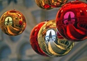 Соратники Тимошенко не смогли передать ей елку - Новый год