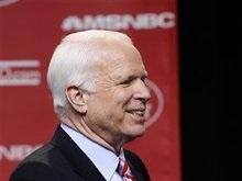 Маккейн победил на кокусах республиканцев в Луизиане