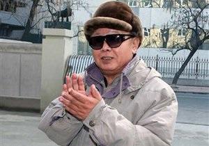 СМИ: Ким Чен Ир вместе с сыном посетили ракетную базу перед обстрелом южнокорейского острова