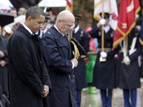 Обама почтил память погибших участников всех войн, которые вели США