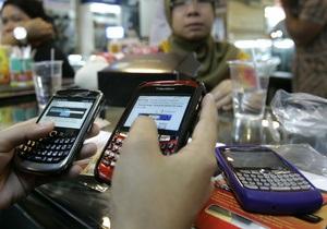 Миллионы пользователей BlackBerry по всему миру остались без интернета