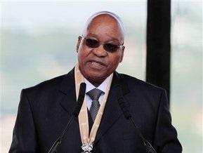 В ЮАР прошла инаугурация президента-многоженца: в стране будут три первых леди