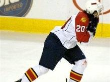 NHL: Хоккеисту Флориды порезали шею коньком