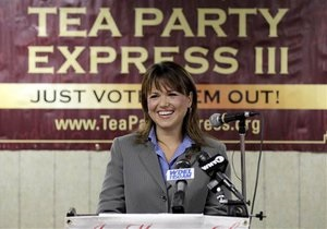 Чайная партия выиграла праймериз в двух американских штатах