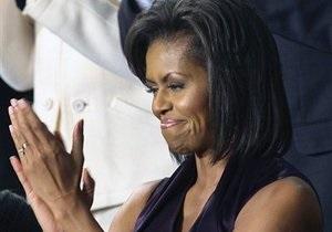 Мишель Обама запретила дочерям пользоваться Facebook