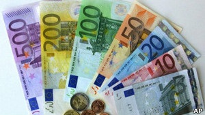 ЕЦБ ухудшил прогноз по ВВП еврозоны