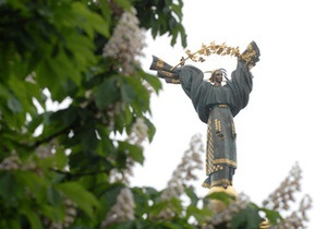 Власти заявляют, что киевские памятники нуждаются в срочной реставрации