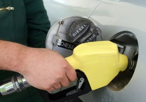 АМКУ повторно перенес рассмотрение дела о резком росте цен на бензин