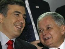 Саакашвили пригласил Качиньского на свою инаугурацию