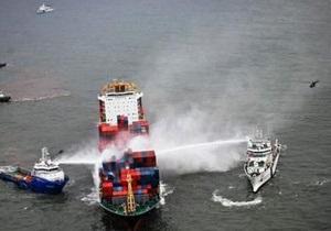 Масштабный пожар на контейнеровозе в Аравийском море потушен