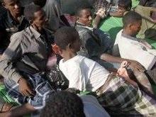 На судне, дрейфовавшем у побережья Йемена, погибли более 50 сомалийцев