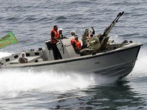 Иранские власти задержали пятерых британских яхтсменов