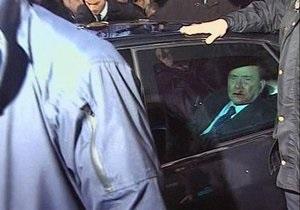 Последствия нападения оказались для Берлускони более серьезными, чем полагали врачи
