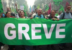 Французские профсоюзы заявляют, что на забастовку вышли 2,9 млн человек