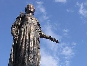 В Севастополе облили краской памятник Екатерине ІІ