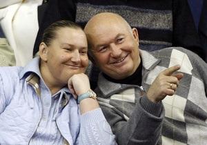 Дело в кепке: Суд отказал жене Лужкова в иске к НТВ