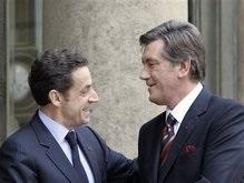 Ющенко поздравил Лукашенко и Саркози