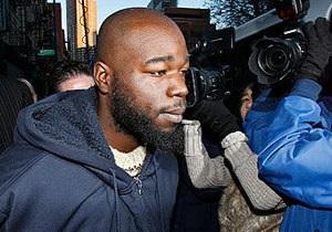 В Нью-Йорке арестовали бездомного, столкнувшего корейца под поезд метро