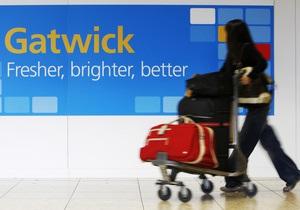 Второй по величине аэропорт Лондона закрыли из-за обледенения ВПП