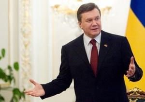 Янукович поздравил работников космической отрасли с юбилеем полета Гагарина