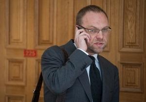 Дело Щербаня: Суд намерен допросить нового свидетеля. Тимошенко требует доставки в Киев