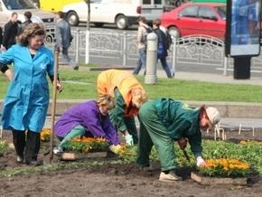 Возле метро Шулявская открыли восстановленный сквер