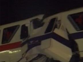 Авария в Disneyland в США: столкнулись два поезда