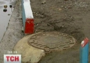 В Киеве с начала года вернули крышки на 44 люка