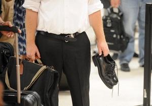 В США авиапассажирам разрешат не снимать обувь при досмотре