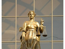 Суд освободил из-под ареста водителя, сбившего насмерть троих пешеходов в Кременчуге