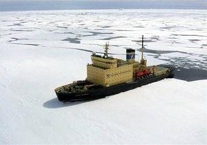 Во льдах Азовского моря застряли 20 судов